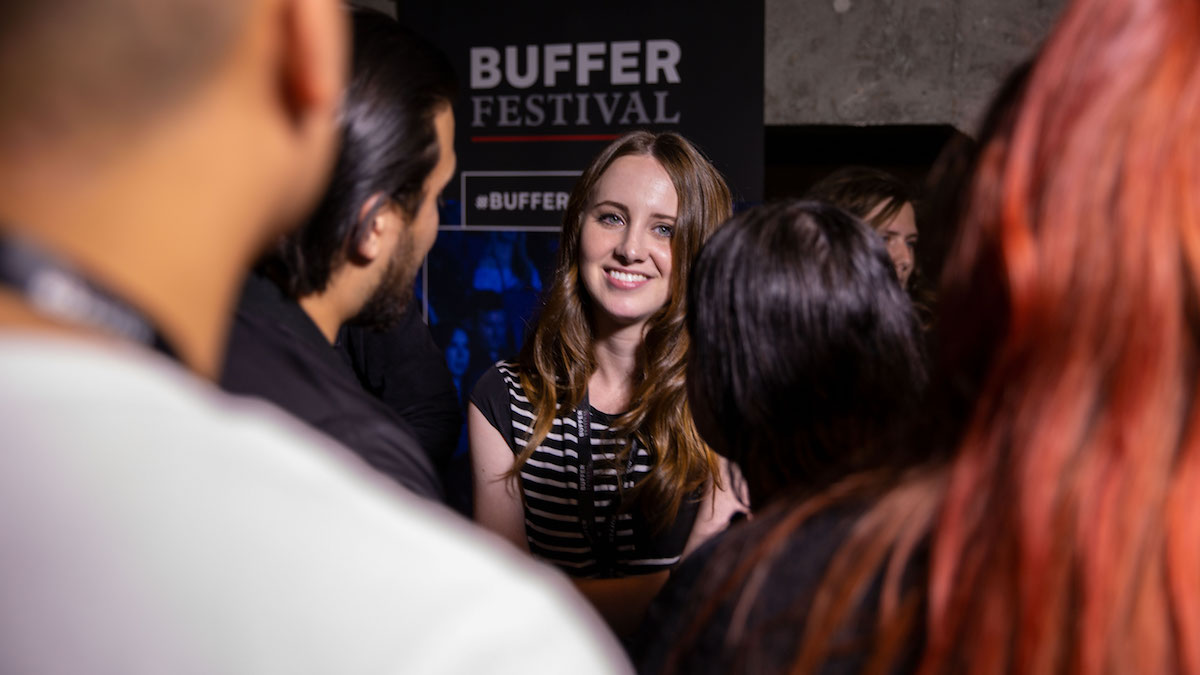 Sara Dietschy mingles with fans at Buffer Festival 2018